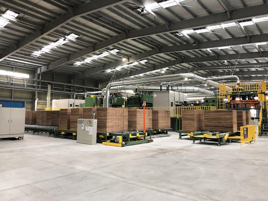 施工写真:新栄合板工業㈱大分工場2