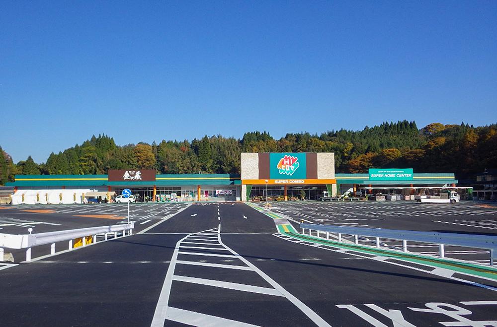 施工写真:HIヒロセSUC竹田店新築工事5