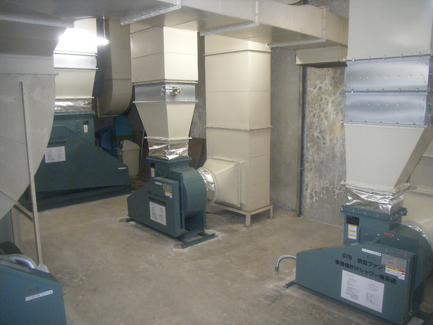 施工写真:大分市役所 本庁舎空気調和機(B2機械室)更新工事5