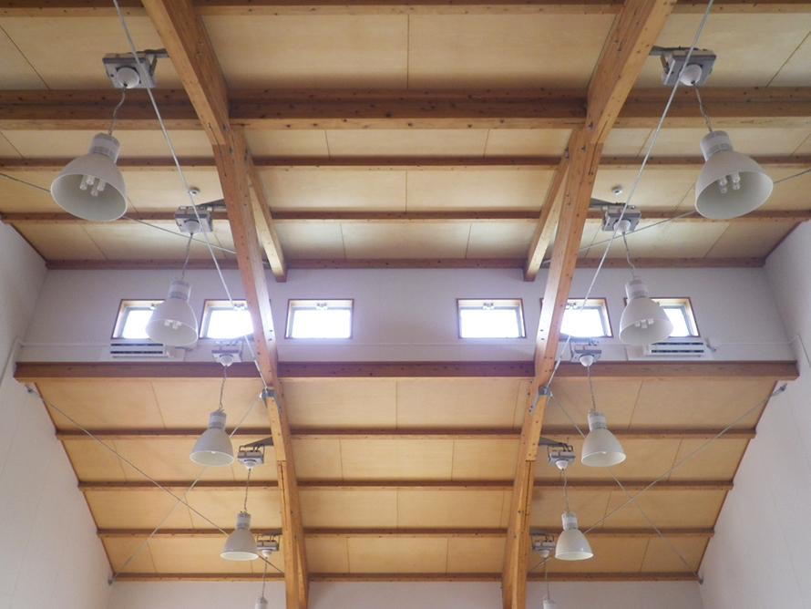 施工写真:南部幼稚園遊戯室空調設備設置工事2